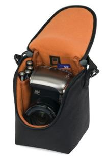 Lowepro Adventura Ultra Zoom 100 (9.5 x 8,5 x 13.5 cm) - Black